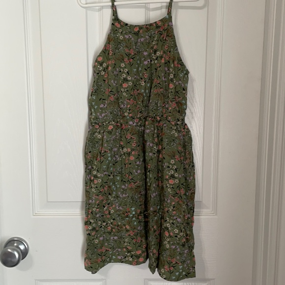 Old Navy dress, green with floral print, cute!